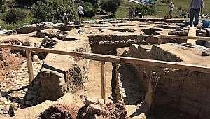 Kutsal Kent Nerik kazıları ve Vezirköprü